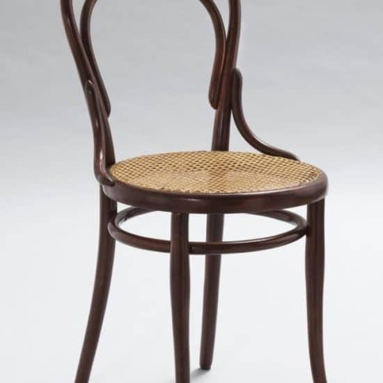 bentwood-chair-by-Michael-Thonet